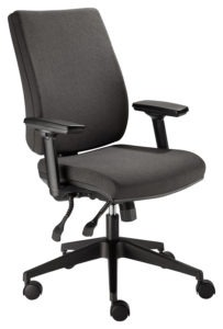 FORM SQUARED task chair with STAR adjustable arms
